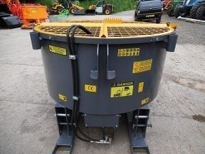 TRACTOR MOUNTED 1200/1800 HYDRAULIC DRIVEN PAN MIXER